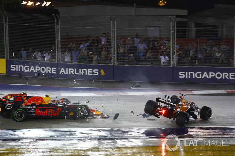 Фернандо Алонсо, McLaren MCL32, Макс Ферстаппен, Red Bull Racing RB13, Кімі Райкконен, Ferrari SF70H