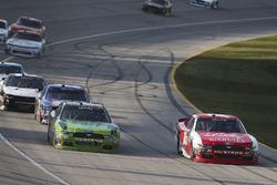 Ryan Reed, Roush Fenway Racing Ford y  Darrell Wallace Jr., Biagi-DenBeste Racing Ford