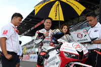 Zaqhwan Zaidi di grid start SuperSports 600cc