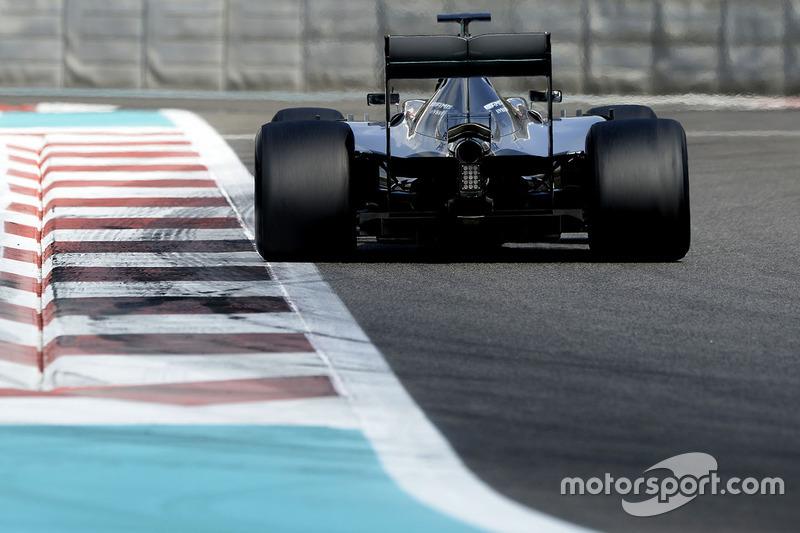 Pascal Wehrlein, Mercedes AMG F1 teste les pneus Pirelli 2017