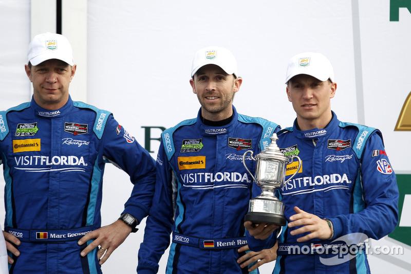 Podium: derde #90 VisitFlorida.com Racing Multimatic Riley LMP2: Marc Goossens, Renger van der Zande, René Rast