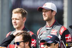 Kevin Magnussen, Haas F1 Team, and Romain Grosjean, Haas F1 Team