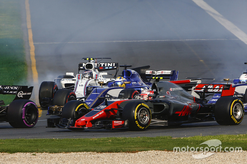 Kevin Magnussen, Haas F1 Team, VF-17; Marcus Ericsson, Sauber, C36; Lance Stroll, Williams, FW40