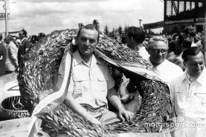 Le vainqueur Hermann Lang, Mercedes