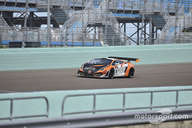 #9 MP1A Lamborghini Gallardo GT3 driven by Xandy Negrao & Xandinitto Negrao of BRT