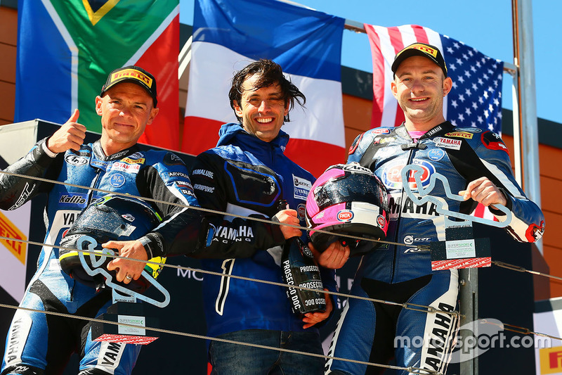 Podio: il vincitore ddella gara Lucas Mahias, GRT Yamaha Official WorldSSP Team, il secondo classificato Sheridan Morais, Kallio Racing