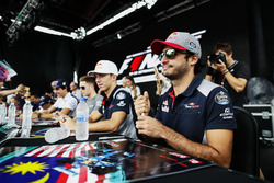 Пьер Гасли и Карлос Сайнс-мл., Scuderia Toro Rosso