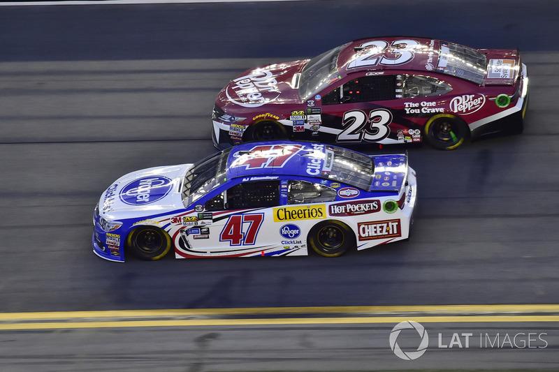 A.J. Allmendinger, JTG Daugherty Racing Chevrolet, Corey LaJoie, BK Racing Toyota