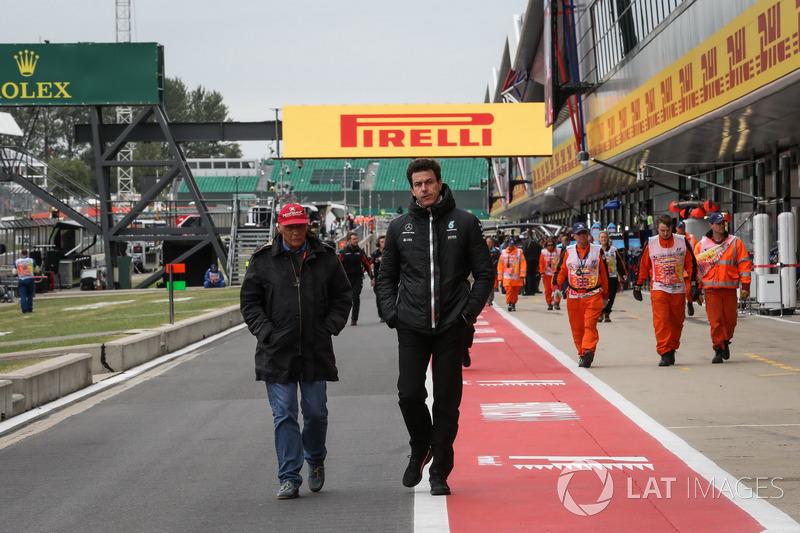Niki Lauda, Mercedes AMG F1 Presidente no ejecutivo y Toto Wolff, Mercedes AMG F1 Director de Motors
