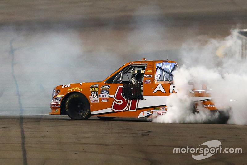 Race winner Daniel Suarez, Kyle Busch Motorsports Toyota