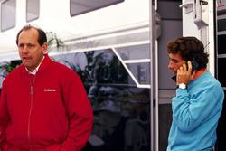 Ron Dennis, McLaren-Teamchef; Ayrton Senna, McLaren
