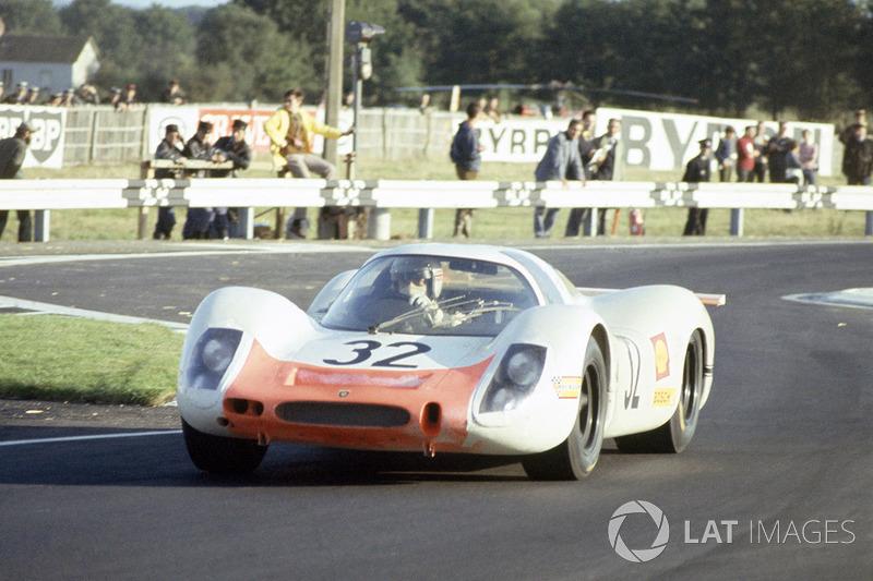 Vic Elford, Gerhard Mitter, Porsche 908