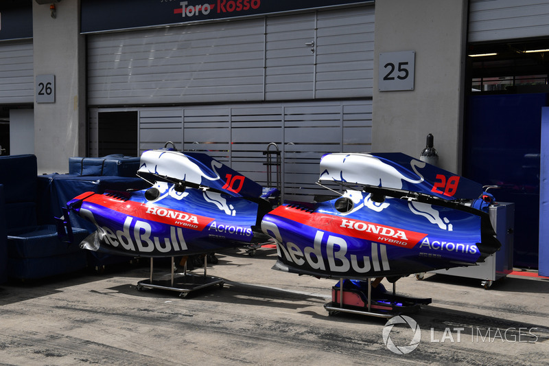 Bodywork Scuderia Toro Rosso STR13