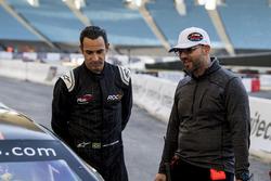Helio Castroneves, et Jérôme Galpin, PDG de la NASCAR Whelen Euro Series