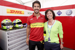 Monika Schreiner, LGT Group, con Lucas Di Grassi, Audi Sport ABT Schaeffler