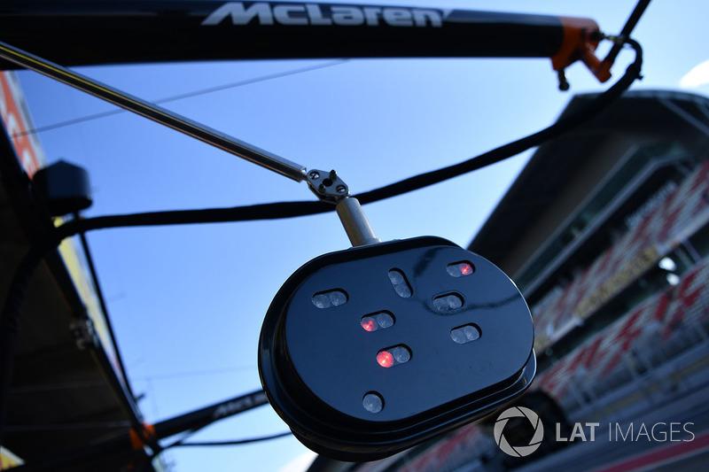 Lampu pitstop McLaren
