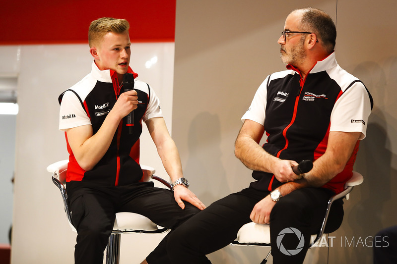 James McNaughton and Dan Harper talk to Henry Hope-Frost on the Autosport Stage