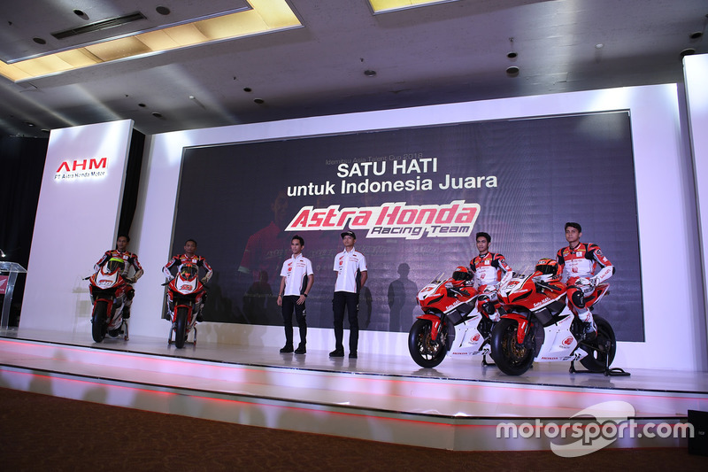 Awhin Sanjaya, Rheza Danica, Gerry Salim, Dimas Ekky, Andi Gilang dan Irfan Ardiansyah, Astra Honda Racing Team