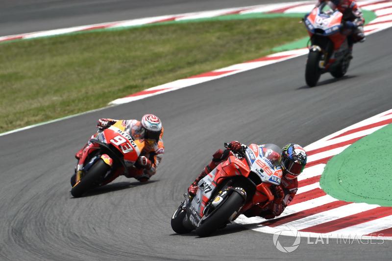 """""""Márquez ainda tentou chegar nas últimas voltas, mas dei o meu melhor. Vencemos. É incrível vencer aqui com a Ducati. É, agora são duas vitórias seguidas."""""""