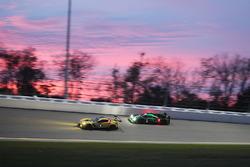 Оливер Гэвин, Томми Милнер и Марсель Фесслер, #4 Corvette Racing Chevrolet Corvette C7.R и Скотт Шар
