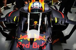 Daniel Ricciardo, Red Bull Racing RB12con el Aeroscreen