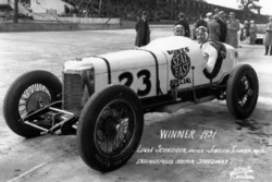 Race winner Louis Schneider