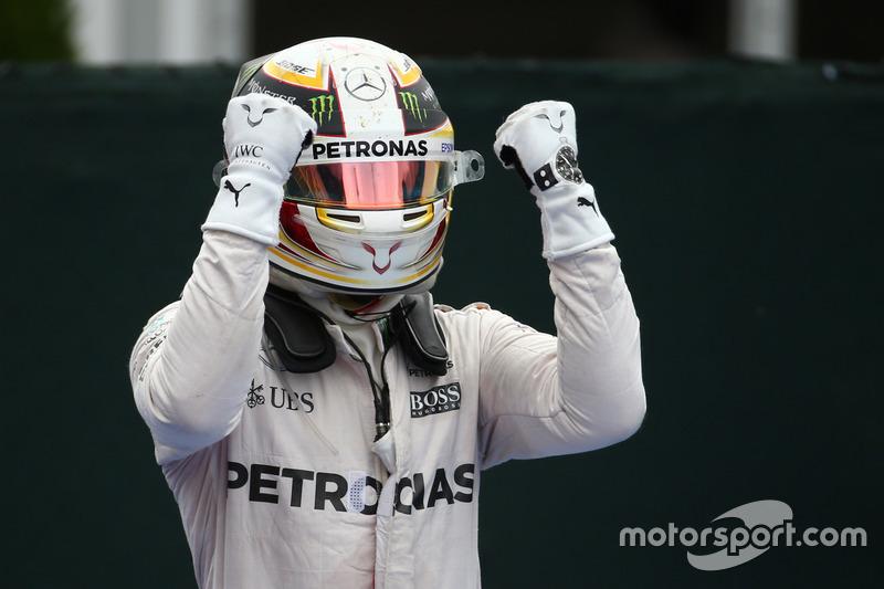 Перше місце - Льюїс Хемілтон, Mercedes AMG F1 W07
