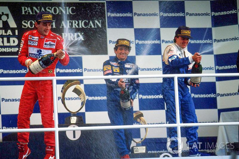 Podyum: Yarış galibi Alain Prost, 2. Ayrton Senna, 3. Mark Blundell