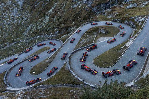Show de Red Bull en Gotthard Pass