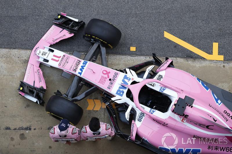 Esteban Ocon, Sergio Perez, Sahara Force India F1 VJM11