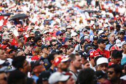 Huge crowd gathered at the F1 stage