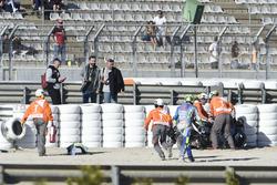 Andrea Iannone, Team Suzuki MotoGP, nach Sturz