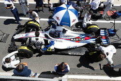 Lance Stroll, Williams FW41, in the pit lane prior to the start