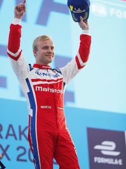 Felix Rosenqvist, Mahindra Racing, sul podio