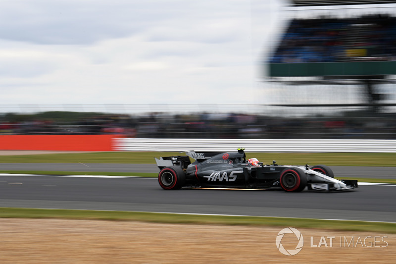 Kevin Magnussen, Haas F1 Team VF-17 sparks