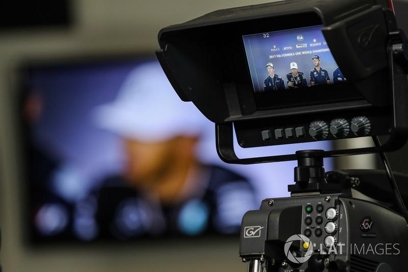 Daniil Kvyat, Scuderia Toro Rosso, Lewis Hamilton, Mercedes AMG F1, Daniel Ricciardo, Red Bull Racing and Pascal Wehrlein, Sauber in the Press Conference