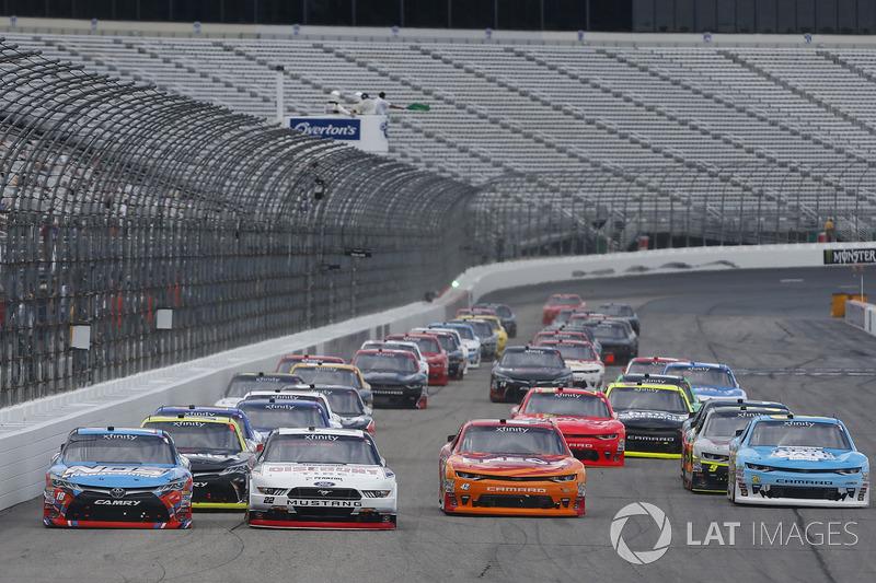Brad Keselowski, Team Penske Ford Kyle Busch, Joe Gibbs Racing Toyota Kyle Larson, Chip Ganassi Racing Chevrolet