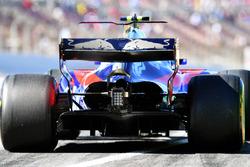 Detalle de alerón trasero de Carlos Sainz Jr., Scuderia Toro Rosso STR12