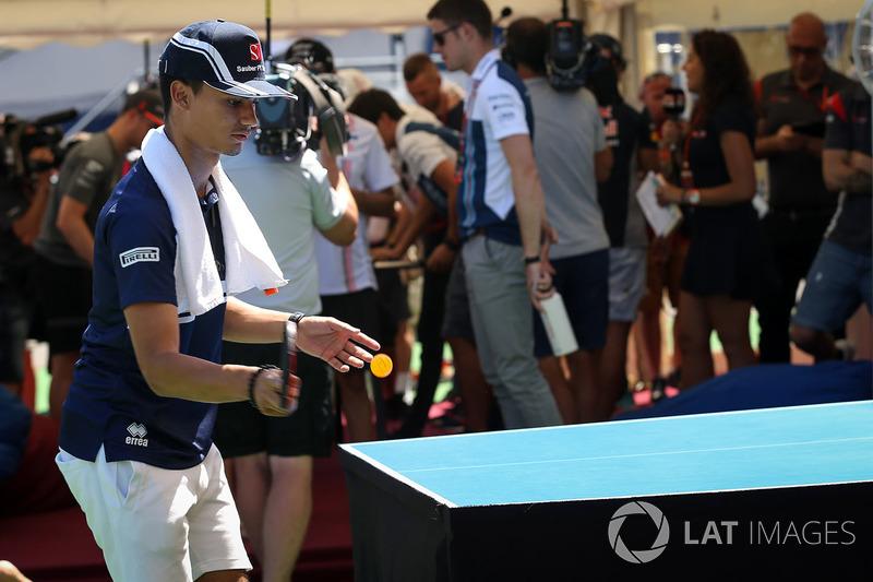 Паскаль Верляйн, Sauber, грає у настильний теніс