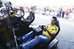 Jérôme d'Ambrosio, Dragon Racing y Mitch Evans, Jaguar Racing, en la eRace