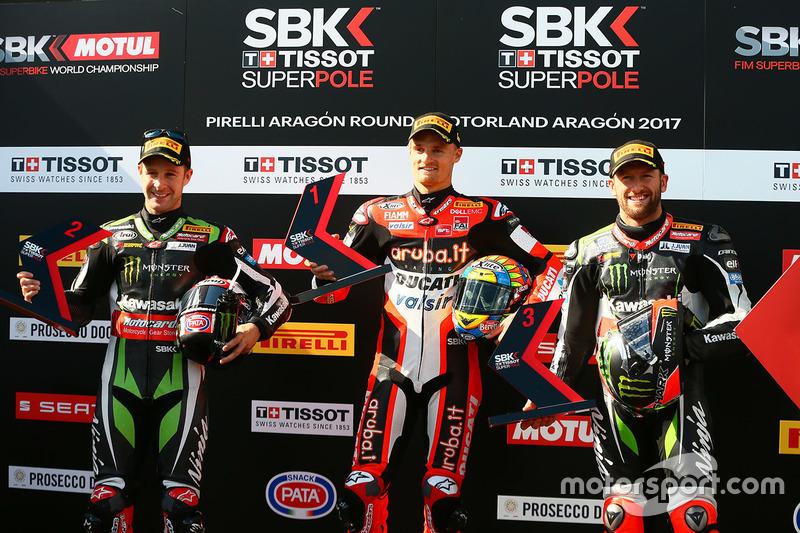 Polesitter Chaz Davies, Ducati Team; 2. Jonathan Rea, Kawasaki Racing; 3. Tom Sykes, Kawasaki Racing