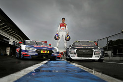 Mattias Ekström mit seinen beiden Rennautos Audi A5 DTM und Audi S1 WRX quattro