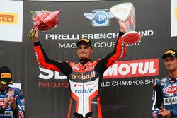 Le vainqueur de la course, Chaz Davies, Ducati Team