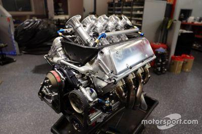 Пуск двигателя Kelly Racing