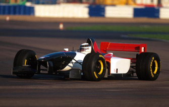 Allan McNish, Lola Ford T95/30