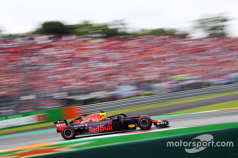 Verstappen remains furious four laps later