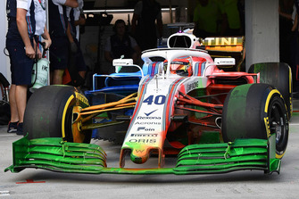 Robert Kubica, Williams FW41 with aero paint over the whole car