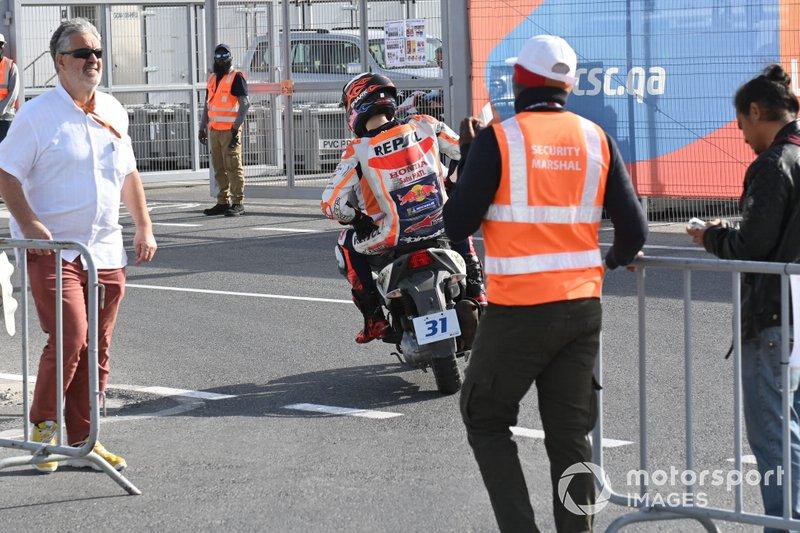Jorge Lorenzo, Repsol Honda Team, dopo la caduta