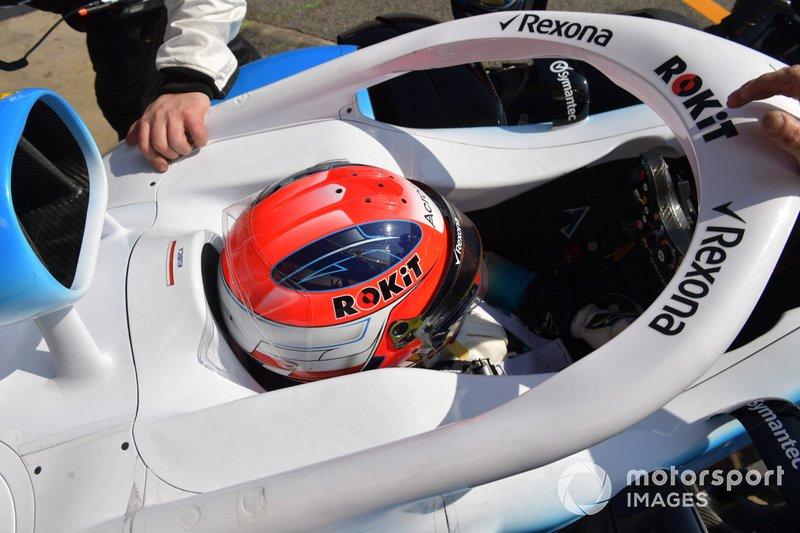 Роберт Кубица в новом шлеме