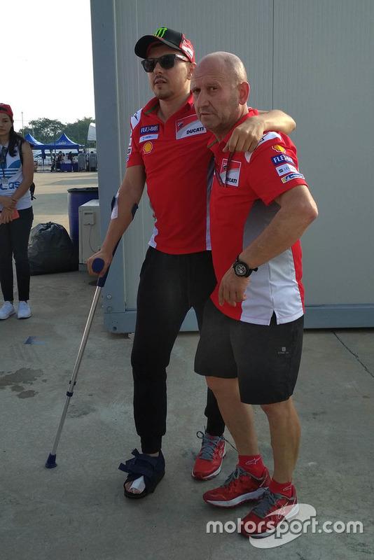 Jorge Lorenzo, Ducati Team va al hospital después de la caída